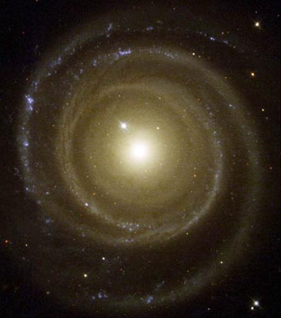 Hubble Image, Oddball Galaxy